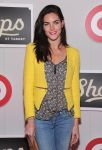 Celebrities Wonder 30548205_shops-at-target_Hilary Rhoda 3.jpg