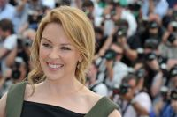 Celebrities Wonder 35968472_cannes-kylie-minogue-holy-motors_4.jpg