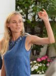 Celebrities Wonder 36624272_diane-kruger-2012-cannes_3.jpg