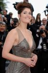 Celebrities Wonder 38332714_cannes-once-upon-a-time_Gemma Arterton 2.jpg
