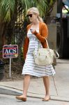 Celebrities Wonder 43439366_pregnant-reese-witherspoon_2.jpg