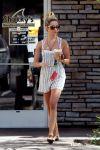 Celebrities Wonder 44488420_ashley-tisdale-coffee_2.jpg