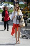 Celebrities Wonder 44696151_whitney-port-whole-foods_2.jpg