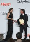 Celebrities Wonder 47507977_shailene-woodley-cannes-trophee_2.jpg