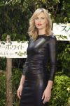 Celebrities Wonder 4760343_charlize-theron-snow-white-tokyo_1.jpg