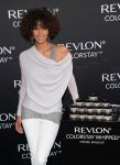 Celebrities Wonder 61631562_halle-berry-revlon_4.jpg