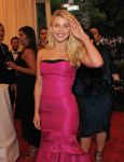 Celebrities Wonder 69032984_julianne-hough-met-ball_9.jpg