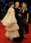 Celebrities Wonder 71396558_florence-welch-met-ball_4.jpg