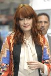 Celebrities Wonder 76998993_florence-welch-letterman_5.jpg