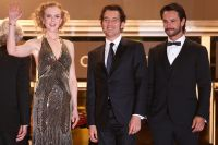 Celebrities Wonder 81345564_nicole-kidman-cannes-hemingway_7.jpg