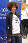 Celebrities Wonder 82639423_halle-berry-revlon-walk_4.jpg