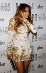 Celebrities Wonder 87428574_jennifer-lopez-goin-in_6.jpg