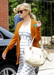 Celebrities Wonder 90598637_pregnant-reese-witherspoon_7.jpg