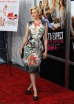 Celebrities Wonder 91468626_What-To-Expect-When-Youre-Expecting-NYC-Premiere_Elizabeth Banks 1.jpg