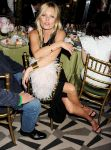 Celebrities Wonder 94277410_kate-moss-marie-curie_5.jpg