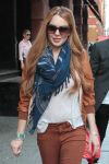 Celebrities Wonder 94978144_lindsay-lohan-shopping_7.jpg