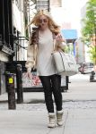 Celebrities Wonder 9532244_dakota-fanning-soho_4.jpg