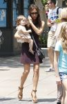 Celebrities Wonder 10565265_victoria-beckham-children_1.jpg