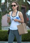 Celebrities Wonder 11213296_natalie-portman-gym_6.jpg