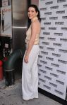 Celebrities Wonder 1236141_julianna-margulies-harvey_2.jpg