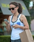 Celebrities Wonder 12530288_natalie-portman-gym_7.jpg