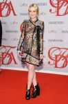Celebrities Wonder 12729964_cfda-fashion-awards-2012_Dakota Fanning 1.jpg