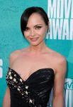 Celebrities Wonder 14008539_christina-ricci-mtv-movie-awards-2012_6.jpg