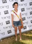 Celebrities Wonder 19923506_bing-summer-of-doing_Rachael Leigh Cook 1.jpg