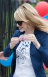 Celebrities Wonder 21184716_emma-stone-be-amazing_3.jpg