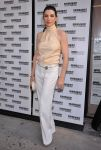 Celebrities Wonder 34277480_julianna-margulies-harvey_1.jpg
