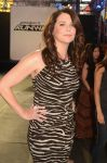 Celebrities Wonder 43206453_project-runway_Lauren Graham 3.jpg