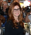 Celebrities Wonder 44502626_savages-premiere_Dana Delany 4.jpg