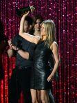 Celebrities Wonder 45968944_jennifer-aniston-mtv-movie-awards-2012_1.jpg