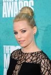 Celebrities Wonder 49219750_elizabeth-banks-mtv-movia-awards_7.jpg