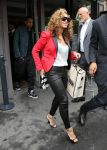 Celebrities Wonder 50005057_beyonce-paris_5.JPG