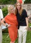Celebrities Wonder 63008773_Stella-McCartney-Spring-2013-Presentation_Amy Poehler  3.jpg