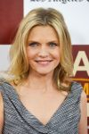 Celebrities Wonder 6365093_los-angeles-film-fest-people-like-us_Michelle Pfeiffer 4.jpg