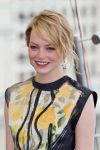 Celebrities Wonder 8407432_emma-stone-spider-man-moscow-photocall_4.jpg