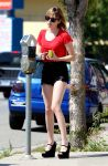 Celebrities Wonder 8908983_emma-roberts-studio-city_2.jpg