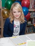 Celebrities Wonder 91622250_emma-stone-be-amazing_2.jpg