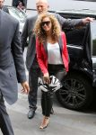 Celebrities Wonder 93483855_beyonce-paris_1.JPG