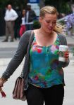 Celebrities Wonder 96914872_hilary-duff-studio-city_5.jpg