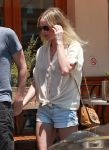Celebrities Wonder 10356011_kate-bosworth-short-shorts_7.jpg