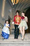 Celebrities Wonder 10387015_lily-collins-mirror-mirror-tokyo_2.6.jpg