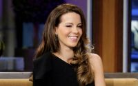 Celebrities Wonder 146519_kate-beckinsale-Tonight-Show-with-Jay Leno_3.jpg