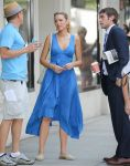 Celebrities Wonder 17162174_blake-lively-gossip-girl-set_1.jpg