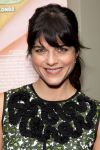 Celebrities Wonder 17236904_selma-blair-dark-horse_5.jpg