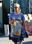 Celebrities Wonder 18447313_dianna-argon-whole-foods_8.jpg