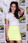 Celebrities Wonder 23932636_comic-con-breaking-dawn-panel_3.jpg