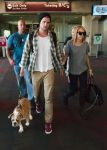 Celebrities Wonder 26680594_miley-cyrus-airport_3.jpg